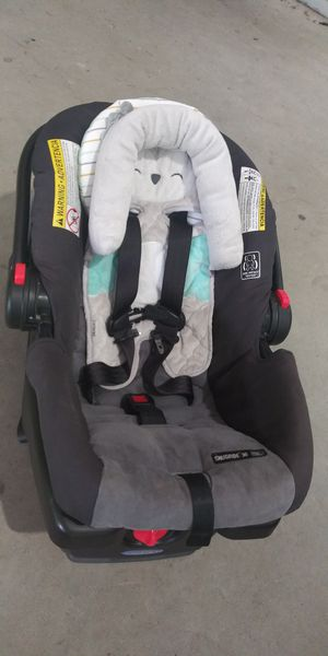 Graco Snugride 30 Carseat and Stroller set for Sale in Raleigh, NC