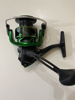 NEW Lew's Mach Speed Spin spinning fishing reel MS400 for Sale in Alvin, TX