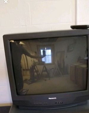 "Panasonic 27"" tv for Sale in Painesville, OH"