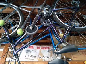 2 girls bikes very nice,1 sears 1 mountain bike for Sale in Bloomingdale, IL
