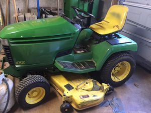 John Deere 325 Lawn Tractor for Sale in Sugar Hill, GA