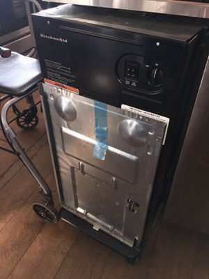 Kitchen Aid Trash Compactor for Sale in Los Angeles, CA