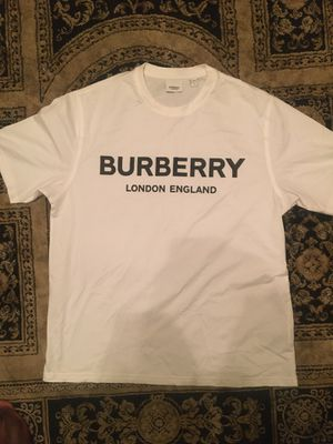 BURBERRY SHIRT SIZE :M for Sale in Fort Myers, FL