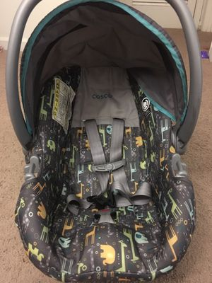 Cosco infant car seat with base for Sale in Richmond, VA