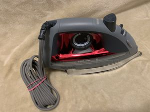 """Shark Steam Iron Red Button-fit tip 1500 Watts 8.5"""" Soleplate with Holes for Sale in Los Angeles, CA"""