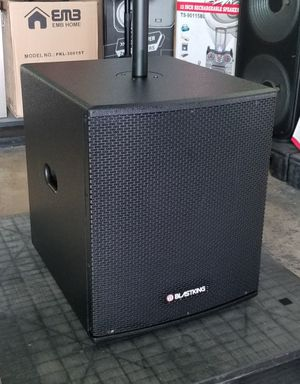 "BLASTKING 15"" Subwoofer. Match it with a 12"" or 15"" top. Model number is BPS15II. for Sale in Miami, FL"
