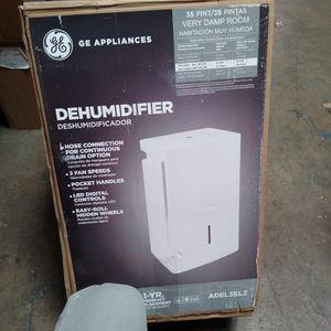GE DEHUMIDIFIER for Sale in Phoenix, AZ