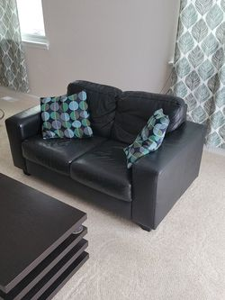 """57"""" Loveseat Couch for Sale in Longmont,  CO"""