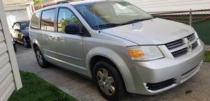 2009 Dodge Grand Caravan SE stow and go seats. Minivan for Sale in Bridgeport, CT