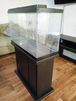 29GALLON fish tank for Sale in Houston, TX