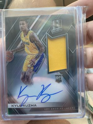 Kuzma RPA Rookie Auto Patch Lakers for Sale in Culver City, CA