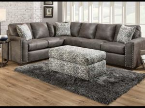 GREY 6 SEAT SANTA FE SECTIONAL SOFA COLLECTION - IN GREAT CONDITION for Sale in Columbia Heights, MN