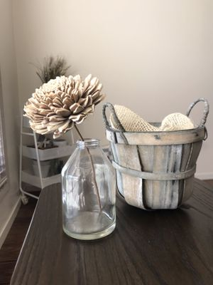 Basket with Wooden Flower & Glass Vase for Sale in Visalia, CA