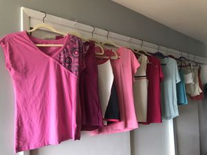WOMENS WORK OUT CLOTHES for Sale in Kirkland, WA