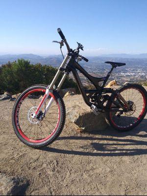2014 SPECIALIZED FSR MOUNTAIN BIKE downhill full suspension for Sale in Escondido, CA