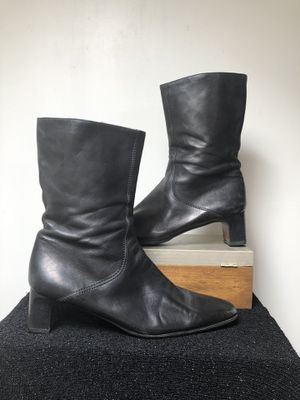 COLE HAAN black leather 3/4 Ankle Boot Women's Size 9 for Sale in Phoenix, AZ