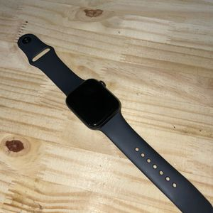 Apple Watch Series 5 44m for Sale in Artesia, CA