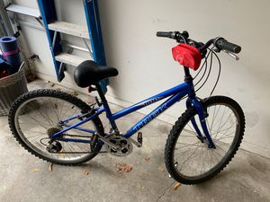 "Trek 800 mountain bike 24"" frame , 26"" tires for Sale in Chicago, IL"