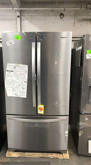 Whirlpool Refrigerator MN for Sale in El Paso, TX