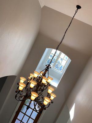 Huge 16 light chandelier for Sale in Frisco, TX
