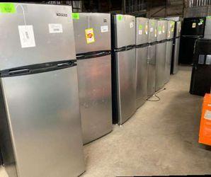 Thompson refrigerators 7.5 ft.³ KI for Sale in China Spring,  TX