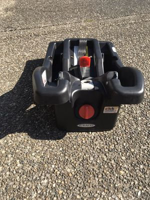 Graco click connect base for infant car seat for Sale in Tacoma, WA