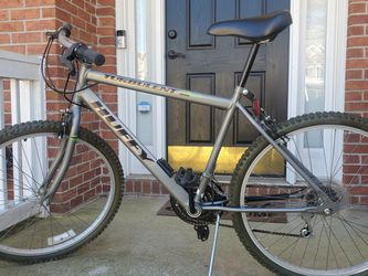 "HUFFY Turbulent 15 Speed 26"" Mountain Bike for Sale in Duluth,  GA"