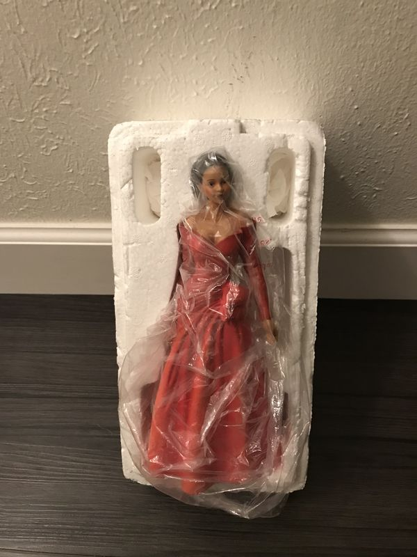••HOME INTERIOR•• ANGELINA FIGURINE - RED PORCELAIN DOLL