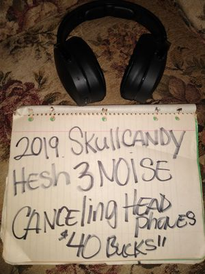 2019.skullcandy.hesh3.bluetooth.headphones.great.deal for Sale in Wichita, KS