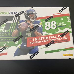 2020 Donruss Football Trading Cards Holiday Blaster Box for Sale in Fountain Valley, CA