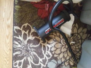 Twin air mattress with pump for Sale in Berwick, PA