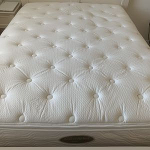 Westin Heavenly Mattress Queen Size for Sale in Los Angeles, CA