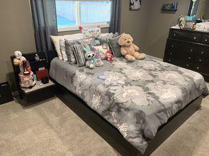 IKEA queen sized dark brown bedroom set for Sale in Bothell, WA