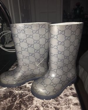 Gucci kids rain boots, blue, size 7c for Sale in Brooklyn, NY