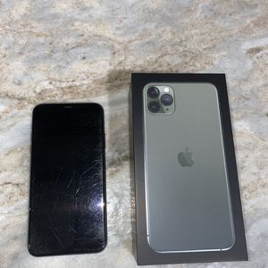 iPhone 11 Pro Max for Sale in Fullerton, CA
