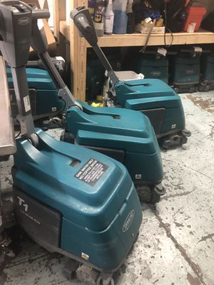 Tennant t1 compact floor scrubbers for Sale in Tempe, AZ