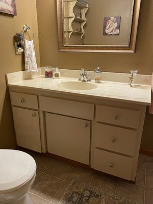 Bathroom vanity and fixtures for Sale in Gig Harbor, WA