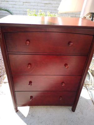 Beautiful dresser. 4 shelves. Great condition. for Sale in Las Vegas, NV