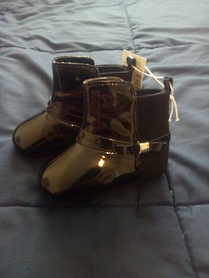 NEW! BLACK BABY GIRL BOOTS (6-12MONTHS) for Sale in Atlanta, GA