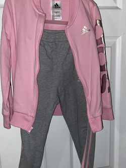 Girls Adidas Sweat Suit for Sale in Lynn,  MA