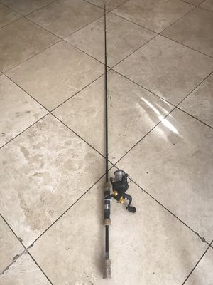 FISHING ROD RODDY for Sale in Los Angeles, CA