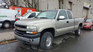 2002 chevy silverado 2500 for Sale in Somerville, MA