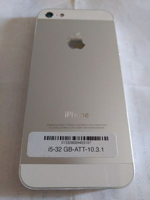 iPhone 5 unlocked 32GB white like new Condition for Sale in North Miami Beach, FL
