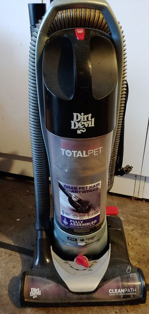 Dirt Devil Total Pet Vacuum - Works perfect for Sale in Portland, OR