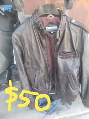 Members Only, Putnam and Open Road leathe motorcycle jacket for Sale in Las Vegas, NV
