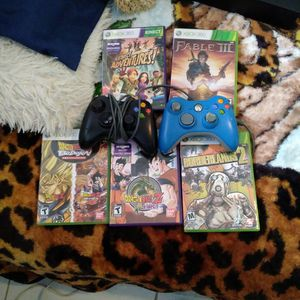 2 Control And 5 Games Of Xbox 360 for Sale in Miami, FL
