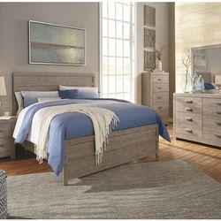 BEDROOM SET: QUEEN BED +DRESSER+NIGHTSTAND SKU#TCB070-SET for Sale in Santa Ana,  CA