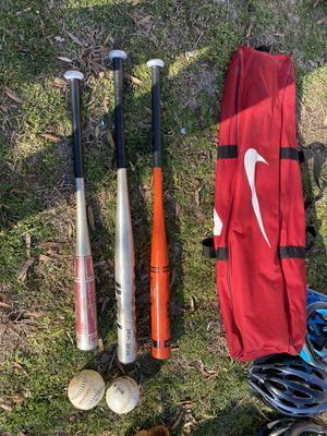 SOFTBALL BATS / carrying Case and Softball Glove for Sale in Accokeek, MD