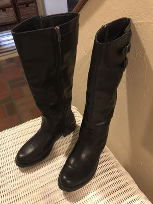 "Super soft ladies boot with 1.5 "" stacked heel sz 8.5 for Sale in Silver City, SD"