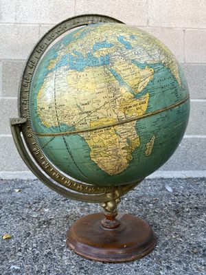 1946 Antique WORLD GLOBE This is an absolutely stunning 1946 world globe We've dated this closely to 1946 as the Philippines have already been lib for Sale in Burbank, CA